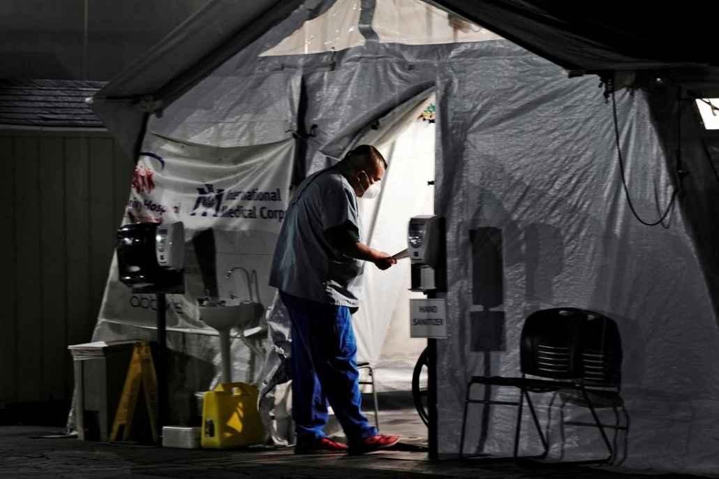 California orders surgery delays as coronavirus swamps hospitals